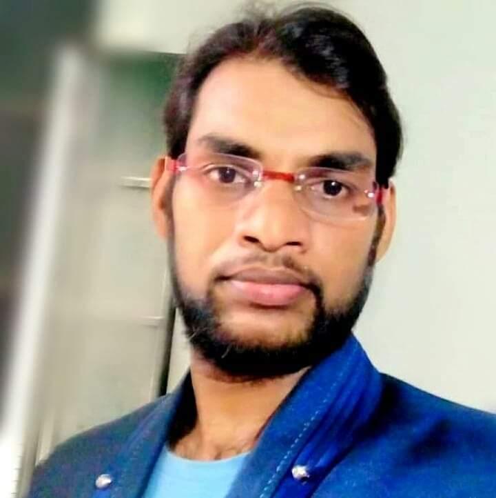 बीड जिल्ह्यातील पुसरा येथील बाबासाहेब जाधव यांना मराठी विषयात अलिगढ विद्यापीठ येथे पीएचडी पदवी प्रदान