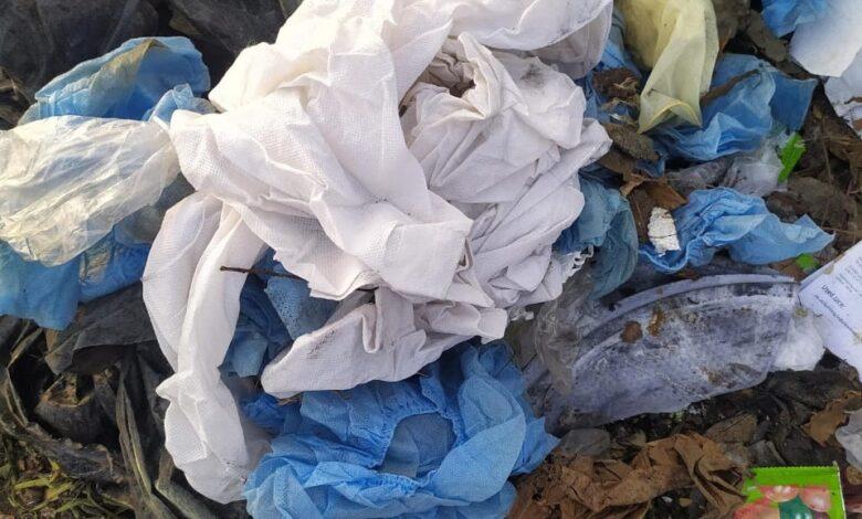 कल्याण पूर्व येथील प्रभाग क्रमांक ८६ मधील धक्कादायक प्रकार उघड.. गोलवली समता नगर मधील कचरा कुंडीत टाकले जात आहेत वापरलेले पीपीई कीट आणि रुग्णांसाठी वापरलेले साहित्य…