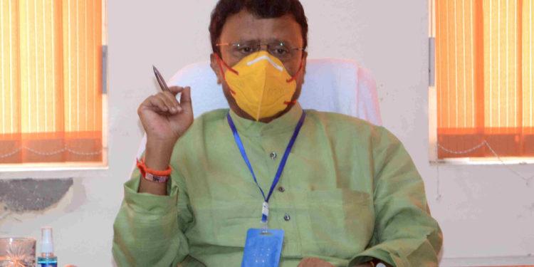 रेमडीसीविर इंजेक्शन, मेडिकल्स, ऑक्सिजनचा काळा बाजार करणाऱ्यांवर होणार कडक कारवाई – राजेंद्र शिंगणे